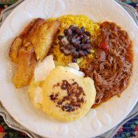 Cooks, kitchen help and counter help for Venezuelan restaurant